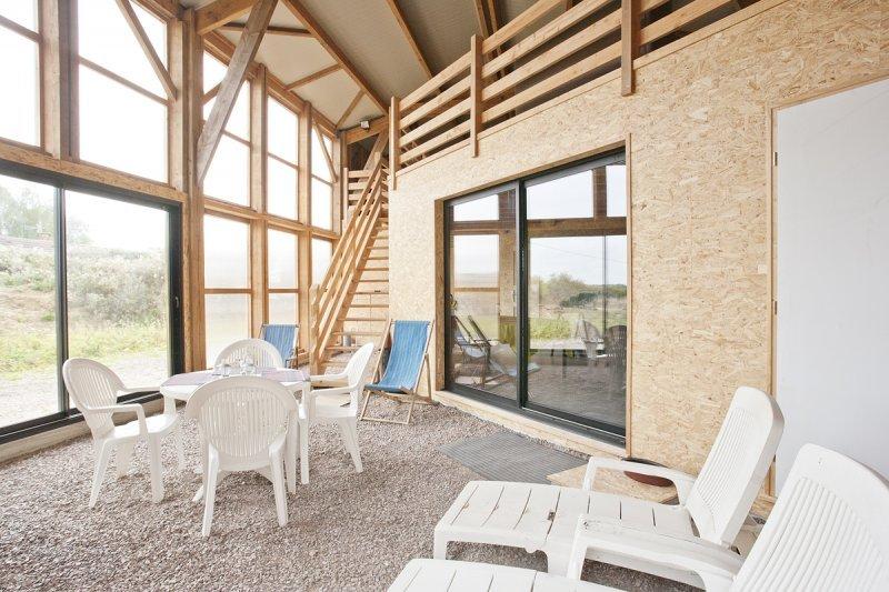 extension construction artisans bois morvan. Black Bedroom Furniture Sets. Home Design Ideas