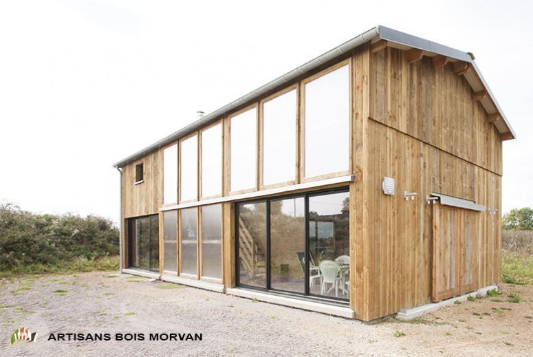 Atelier d architecture correia artisans bois morvan - Maison hangar ...